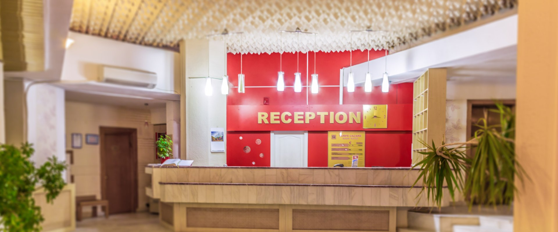 receptie hotel dambovita